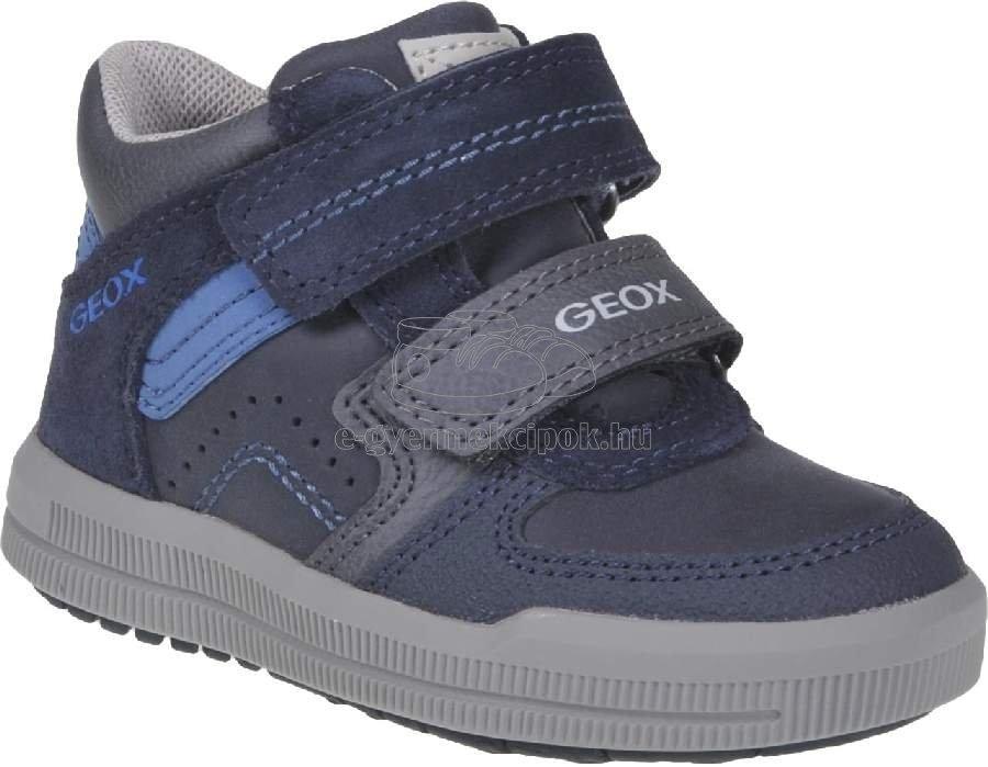 Egész évben hordható gyerekcipő Geox J944AB 0ME22 C700