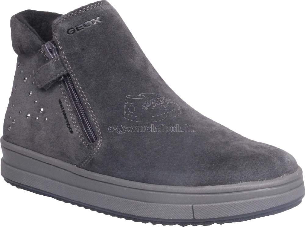 Egész évben hordható gyerekcipők Geox J16CVA 00022 C9002